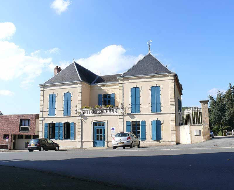 Herisson-Hotel-de-ville